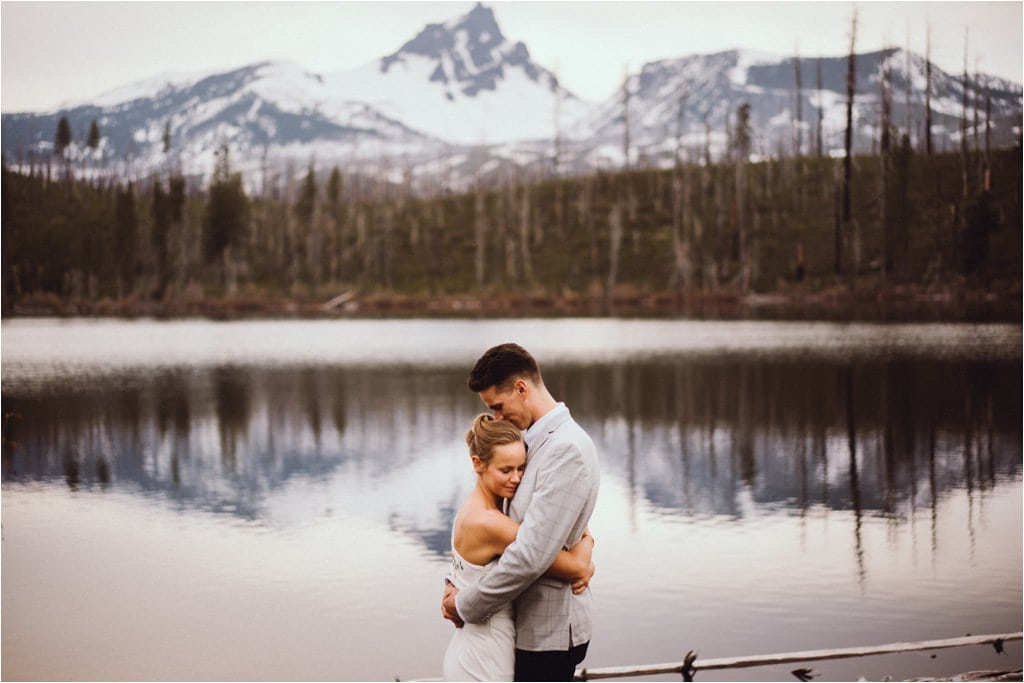 Round Lake is a Wedding Location here in Oregon